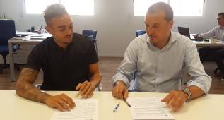 Roger Martí amplía su contrato con el Levante hasta 2019