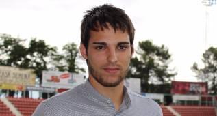 El Girona anuncia el fichaje de Manel, delantero del Sabadell
