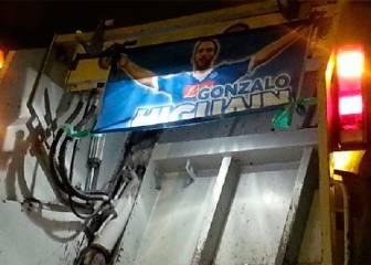En Nápoles mandan a Higuaín al camión de la basura