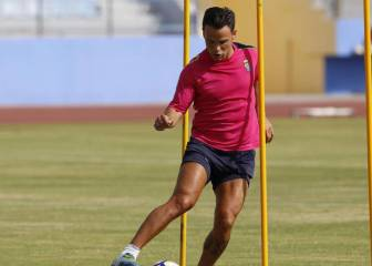 El Valencia se suma al interés por Roque Mesa