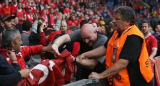 La UEFA multa al Sevilla por incidentes en la Europa League