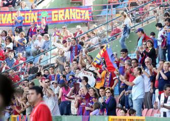 El Levante supera los 11.000 abonados pese al descenso