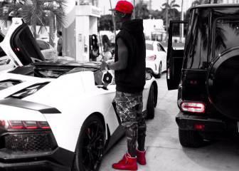 Pogba juega con el rojo y el blanco en sus redes sociales