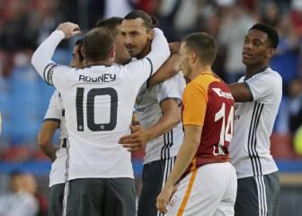 Ibrahimovic ya brilla en el United: debut con golazo