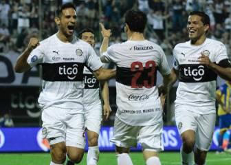 Roque Santa Cruz debuta con gol en su regreso a Paraguay