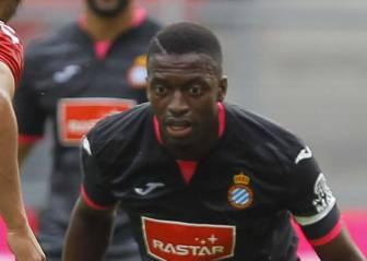 Diop, refuerzo ante el Everton tras poner en orden su visado