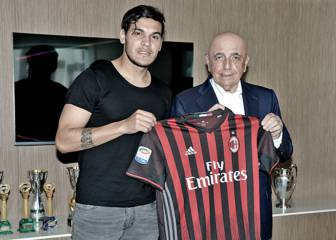 El Paraguayo Gustavo Gómez nuevo jugador del AC Milán