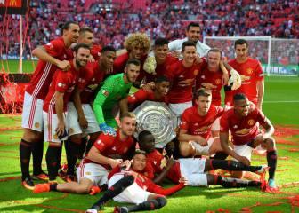 El primer trofeo del Manchester United de Mou en imágenes
