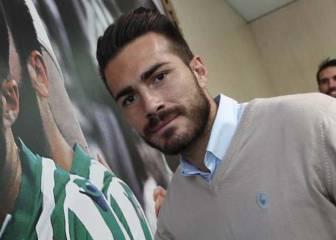 Xavi Torres rescinde con el Betis y firma por el Sporting