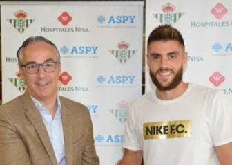 David López, ya en Sevilla, pasa reconocimiento con el Betis