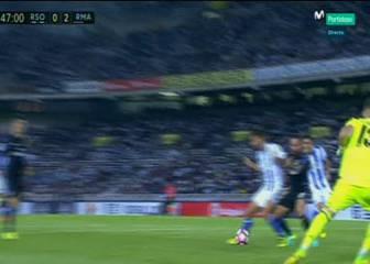 La Real pidió penalti de Carvajal a Markel Bergara
