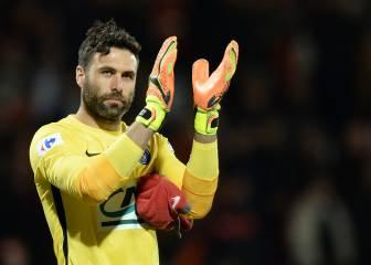 Acuerdo entre el PSG y el Sevilla por el portero Sirigu
