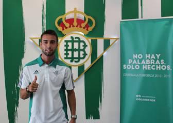 Rafa Navarro será el 2 bético: no se fichará a otro lateral