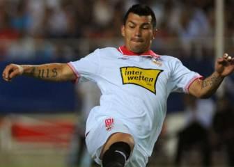 ¿Cómo solucionaría Medel el escollo para volver al Sevilla?