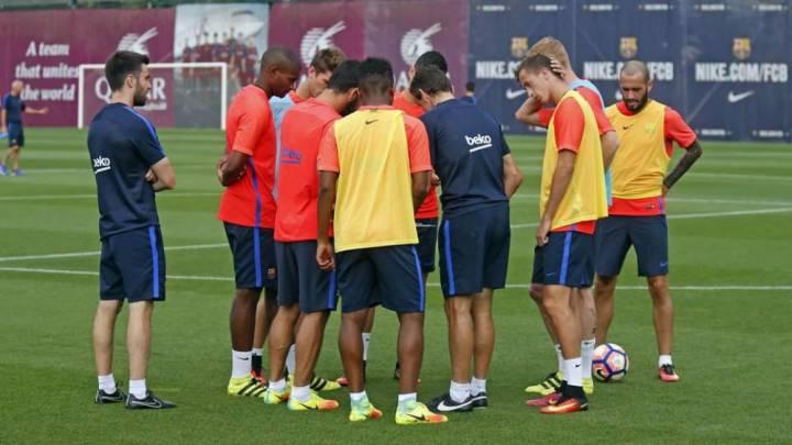 Arda, fulminado por Terim, lidera el entrenamiento del Barça
