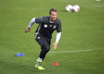 Neuer, capitán de Alemania tras el adiós de Schweinsteiger