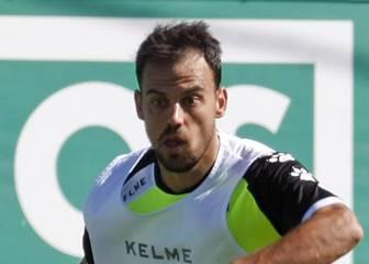 La plantilla de Alberto Toril se cierra con 26 futbolistas