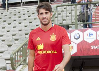J. Martínez: