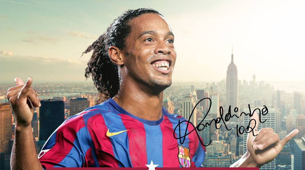 "Futbol Club Barcelona >> Barcelona | Ronaldinho: ""Football needs people like Messi"" - AS.com"