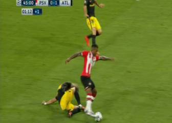 Penalti inexistente a Narsingh y gol anulado a De Jong
