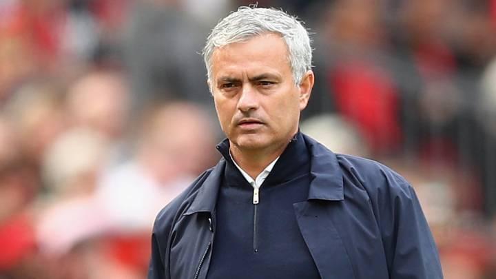 Mourinho se gana a la plantilla del United con una nueva norma