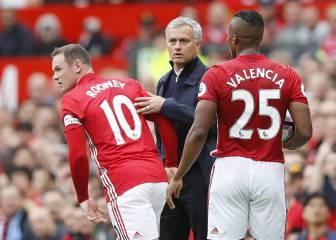 Mou se 'carga' a Rooney en la convocatoria de Europa League