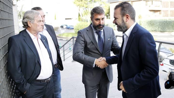 El juez reprende a Villar y las elecciones del 20-D ya peligran