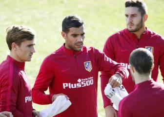 Augusto y Saúl, posible centro del campo ante el Sporting