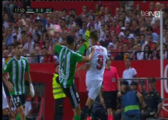 El Sevilla reclamó una amarilla por juego peligroso de Bruno