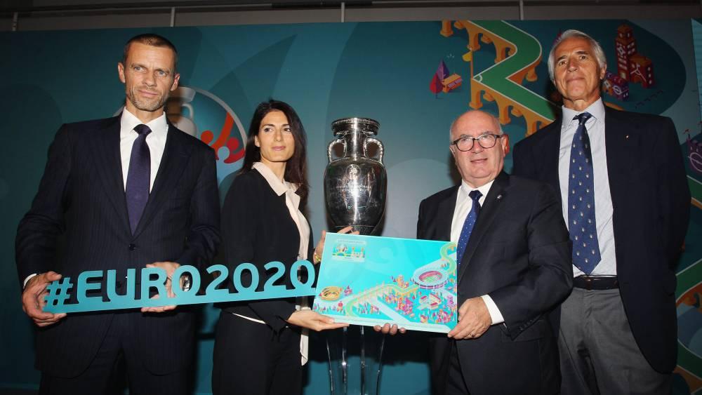 Roma y el CONI simulan la paz por el logo de la Eurocopa