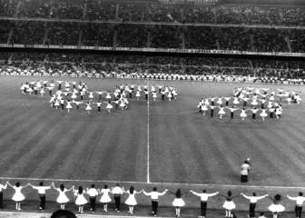Una sardana gigante inaugura el Camp Nou (1957)