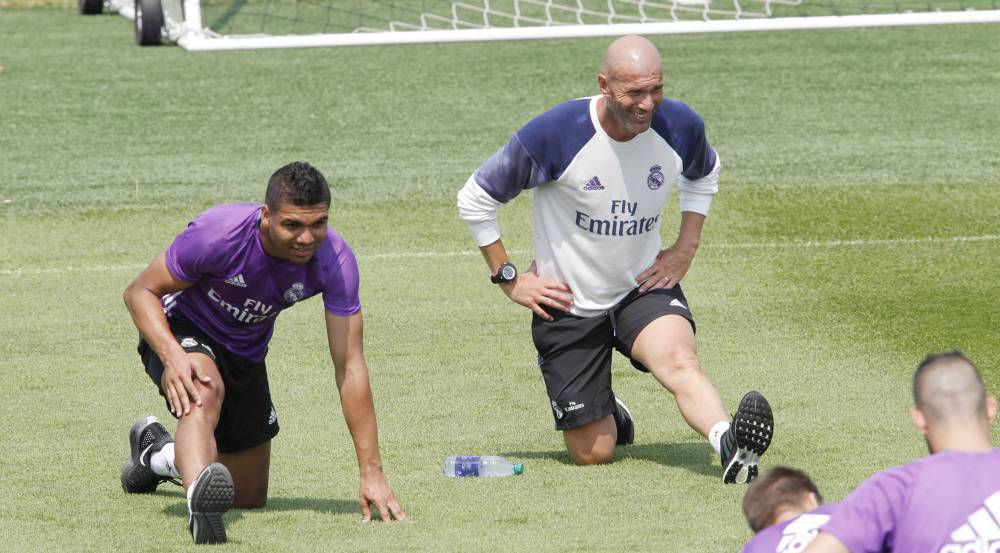 Zidane Denies Fall-Out With Ronaldo