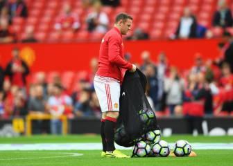 Viral en Inglaterra: Rooney, de titular a chico de los balones