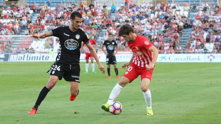 El Almería sigue sin reaccionar y el Lugo continúa invicto