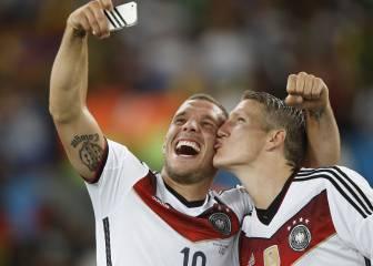 El cabreo de Podolski con Mou por el trato a Schweinsteiger