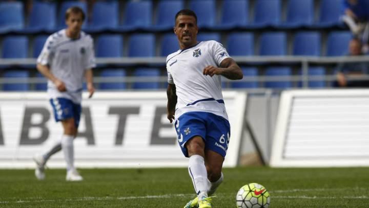 Vitolo, el único jugador que ha disputado todos los minutos