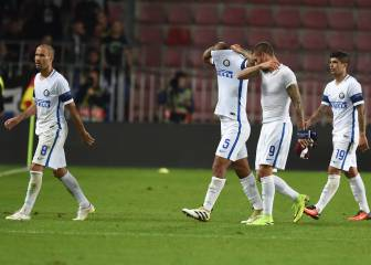 Hecatombe del Inter, respira el Schalke y otro gol de Balotelli