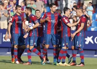 El Levante hunde al Valladolid