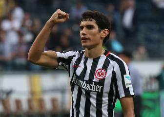 Vallejo: en dos meses ya es el jefe en la defensa del Eintracht