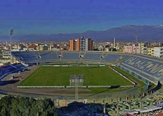 La Federación protesta por el doble uso del estadio