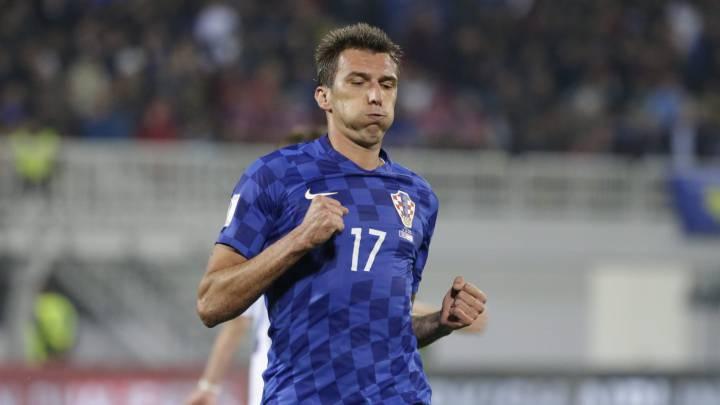 Mandzukic prolonga su racha y la de Croacia, que sigue líder