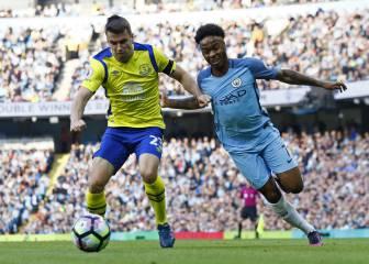 El Manchester City falla dos penaltis y tropieza ante el Everton