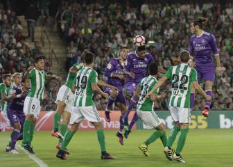Gil Manzano rectifica: le quita el gol a Bale y se lo da a Varane