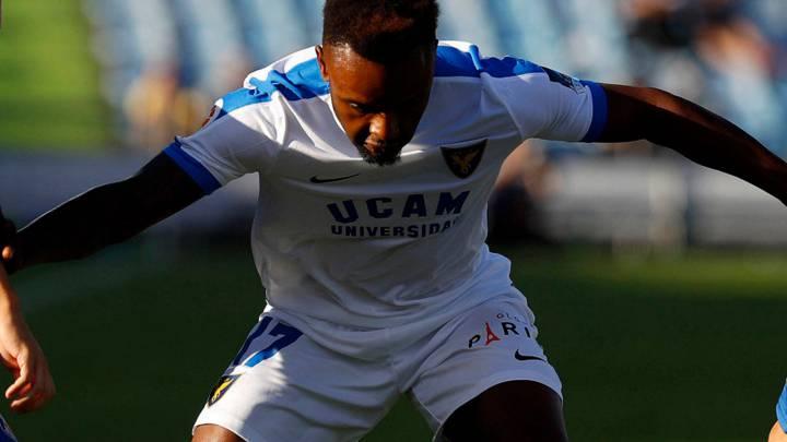 El Reus recupera sensaciones ante un flojo UCAM Murcia