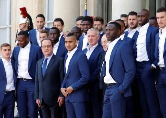 Palo de Hollande a Benzema: