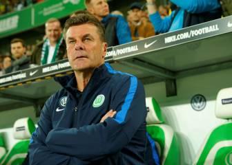 El Wolfsburgo destituye a su entrenador, Dieter Hecking