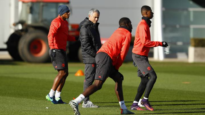Seria advertencia de Mourinho a Ibrahimovic y Pogba