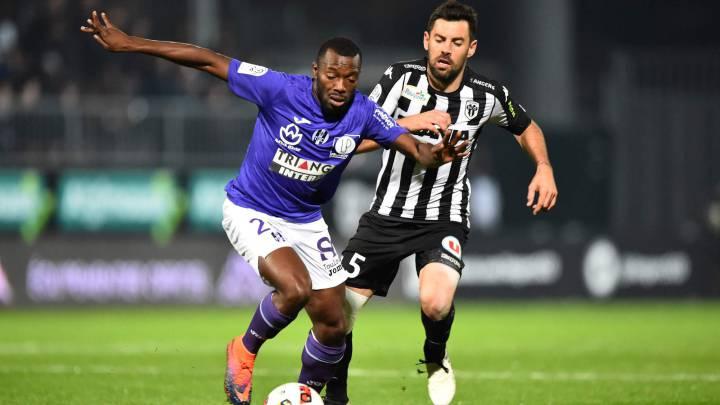Toulouse y Angers se estancan y el Lille sale del descenso