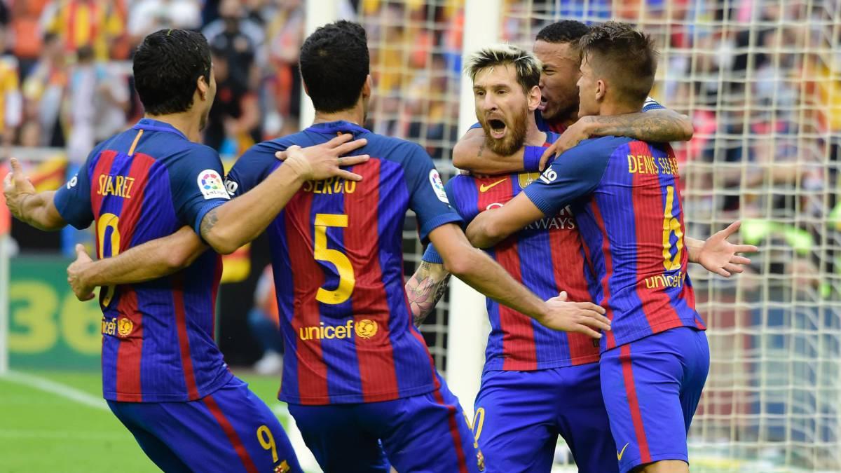 Messi incendia Mestalla