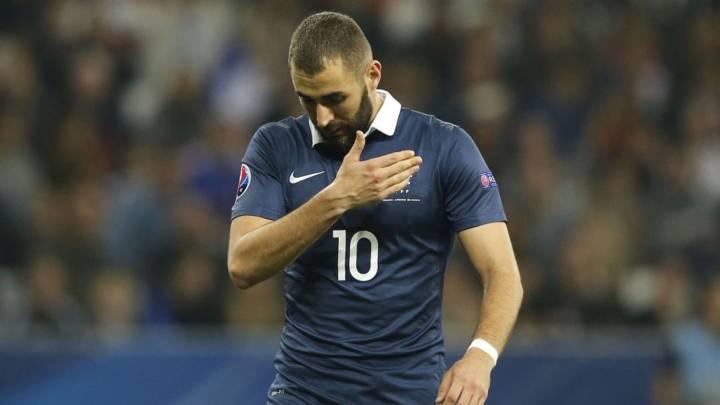 El descarte de Benzema divide a la afición francesa